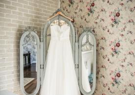 BrideGettingReady-3